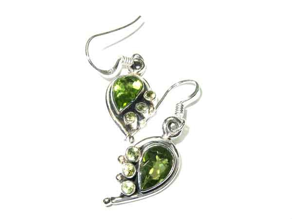 Peridot Ohrringe aus Silber 8235