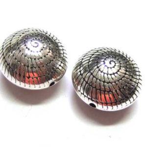 Acryl-Metall-Perlen