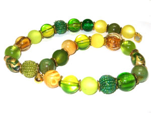 grün-gelbe Perlen Kette Unikat