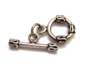 Knebelverschluss aus Silber